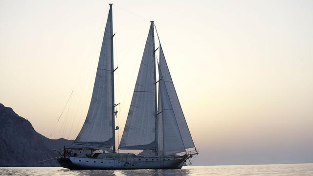 super-yacht-silver-moon