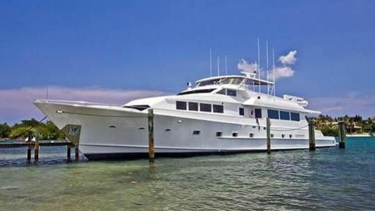 super-yacht-wanderlust