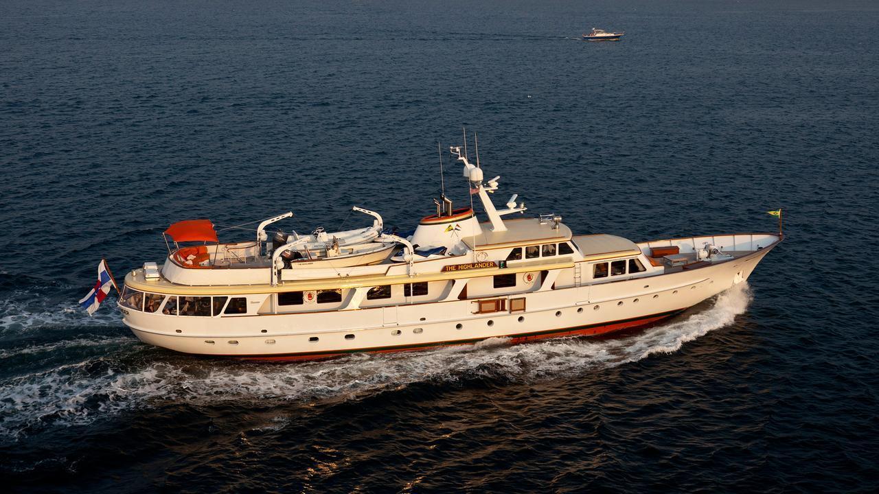 super-yacht-the-highlander