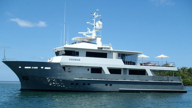 our way codene motoryacht tenix defence 34m 2005 profile