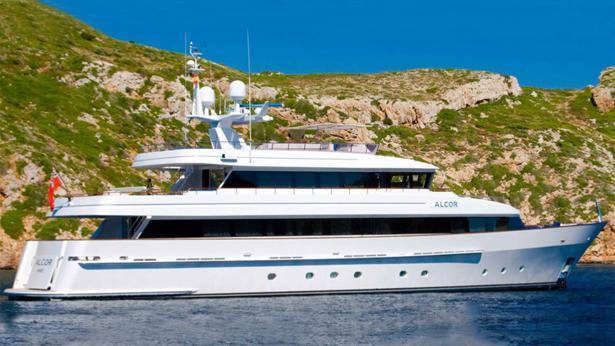 super-yacht-alcor
