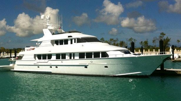 super-yacht-far-niente