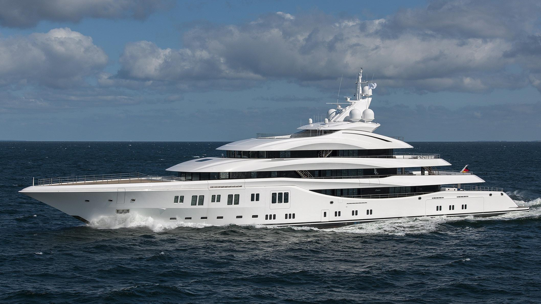 lady-lara-yacht-exterior