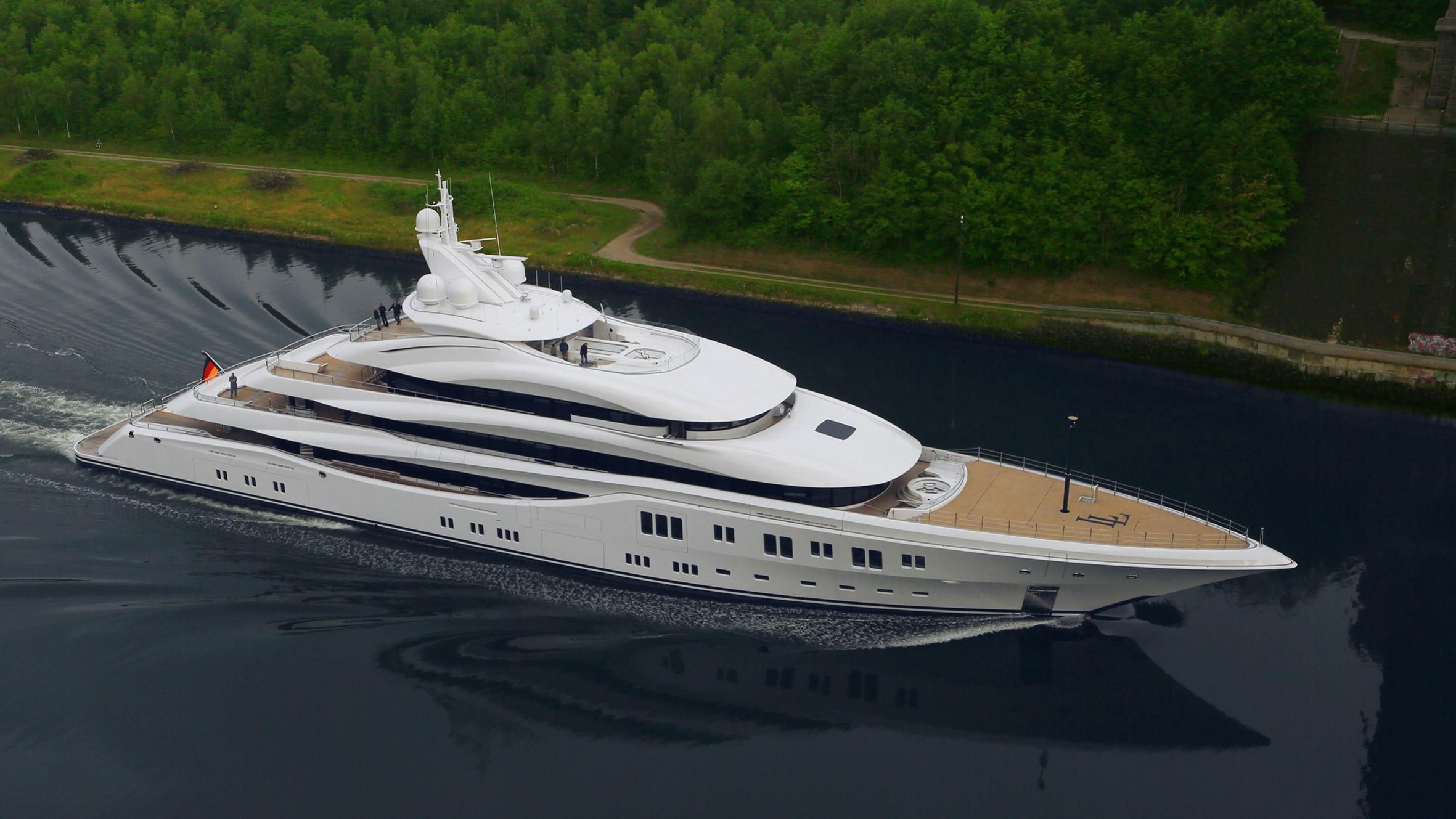 lady-lara-yacht-aerial