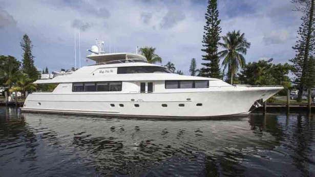 pipe dreams motoryacht westport yachts 34m 2007 profile