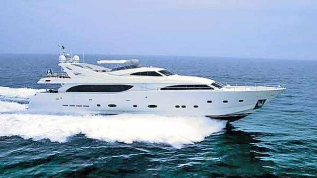 tacos of the seas motoryacht ferretti custom line 112 2003 profile sistership