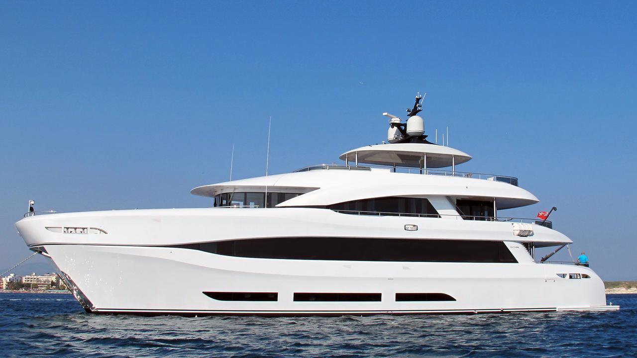 quaranta catamaran yacht logos marine 2013 34m profile