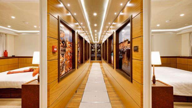 quaranta catamaran yacht logos marine 2013 34m corridor