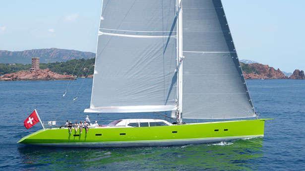 sailing-yacht-inoui-side-view