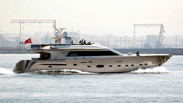 golden k motoryacht huzur yat 32m 2009 profile