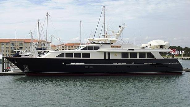 super-yacht-elizabeth-r