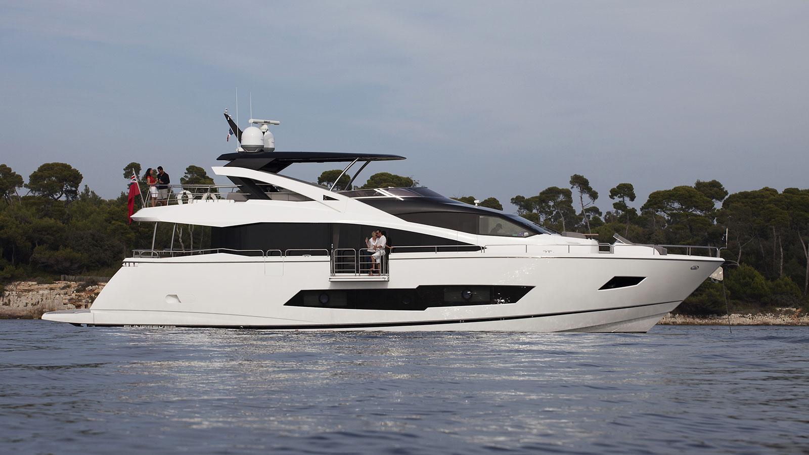 cinderella noel motoryacht sunseeker yachts 26m 2016 profile sistership