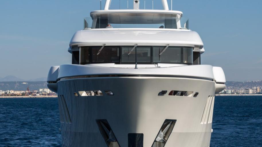 ruya-yacht-bow-exterior