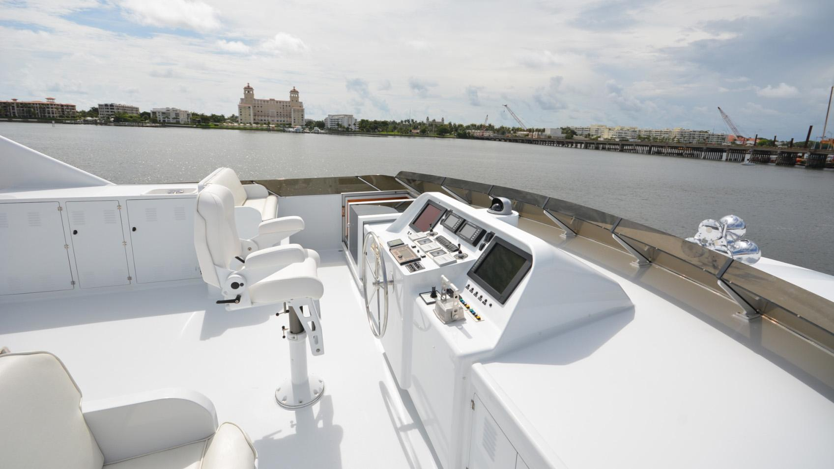 Ar De motor yacht for sale fly deck steering
