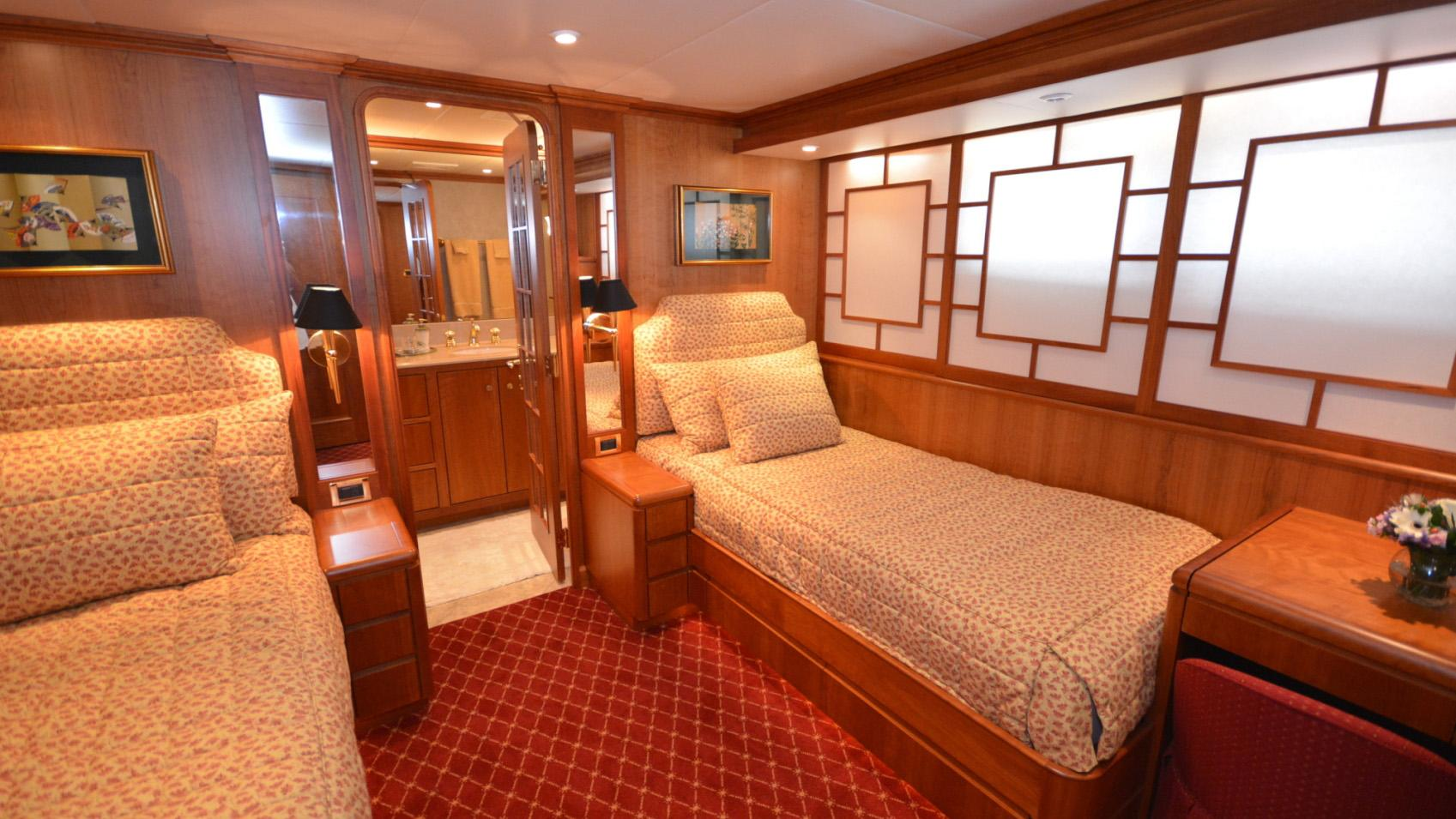 Ar De motor yacht for sale twin cabin