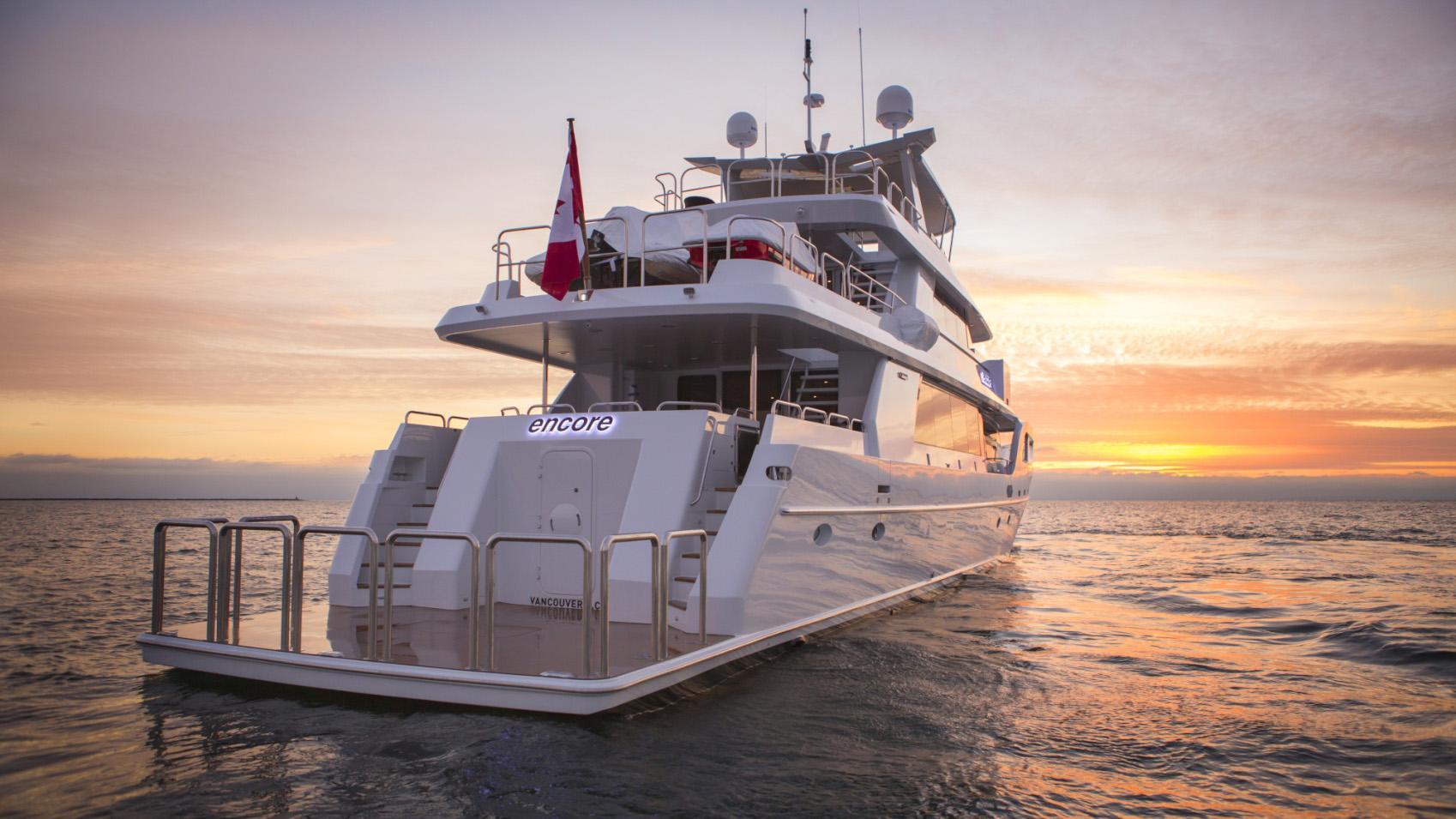 Encore motor yacht for sale stern