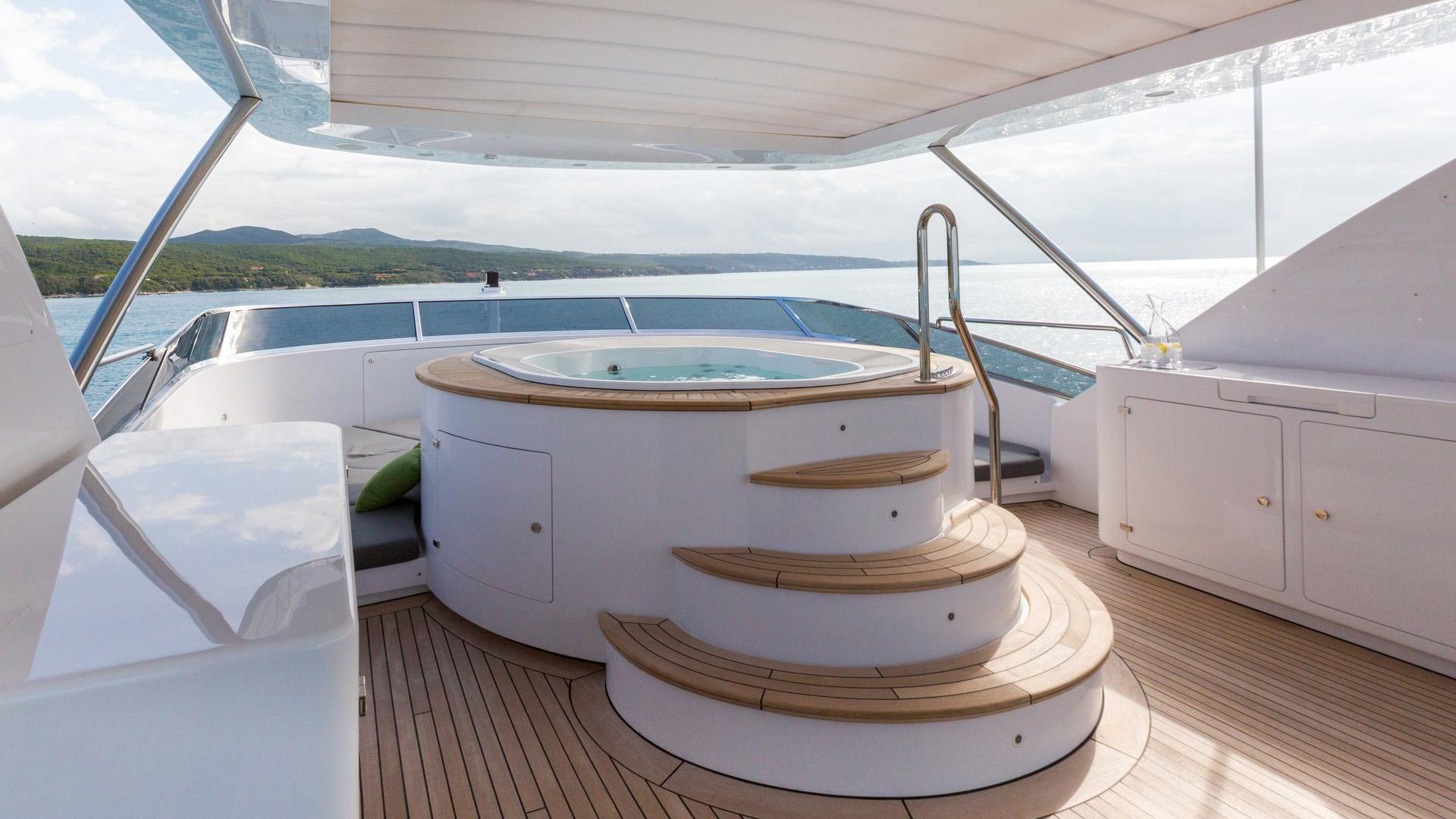 Edesia superyacht for sale hot tub