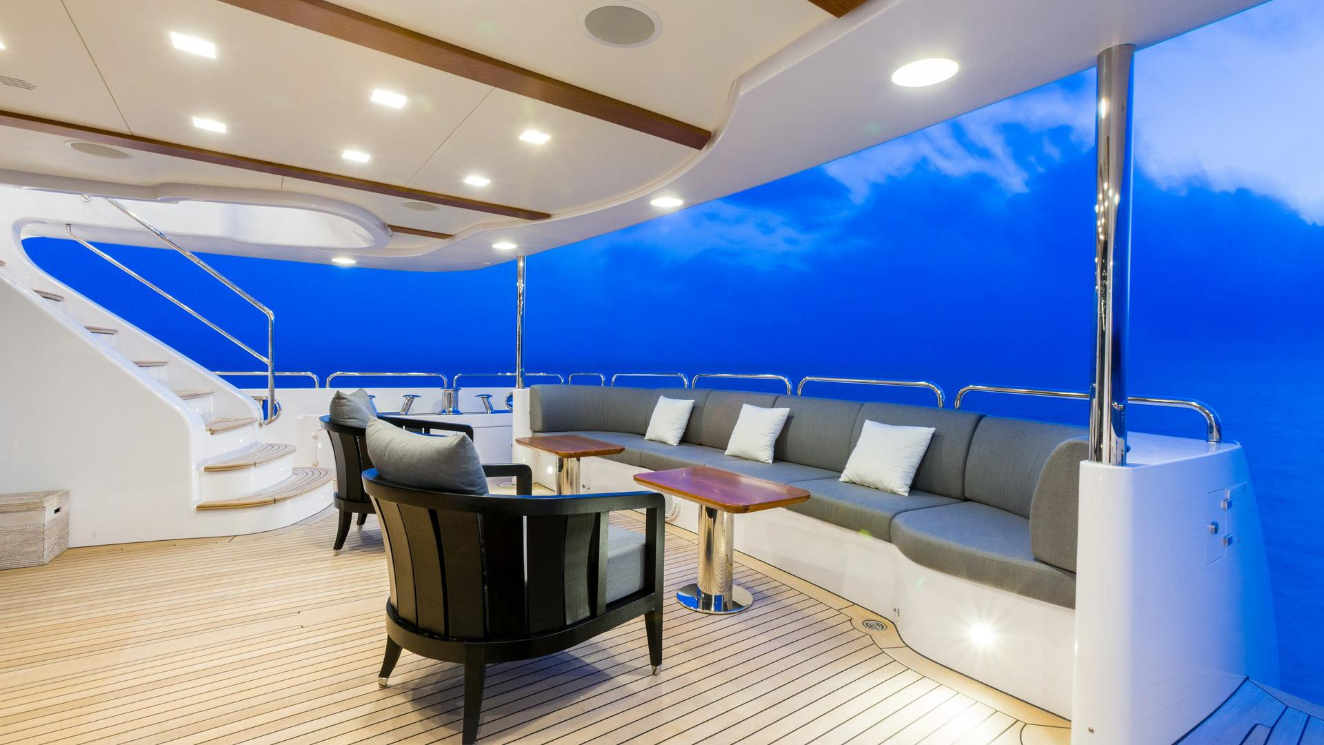 Edesia superyacht for sale aft dining