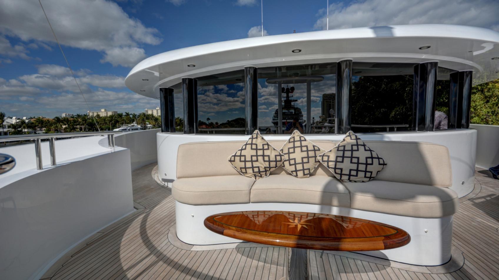 soverign motor yacht for sale sundeck
