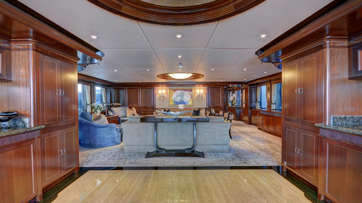 soverign motor yacht for sale saloon