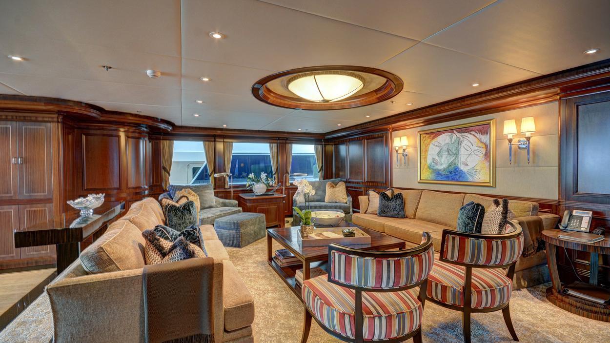 soverign motor yacht for sale lounge 2