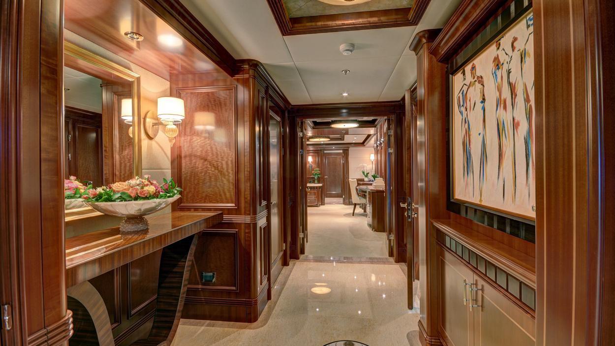 soverign motor yacht for sale hallway