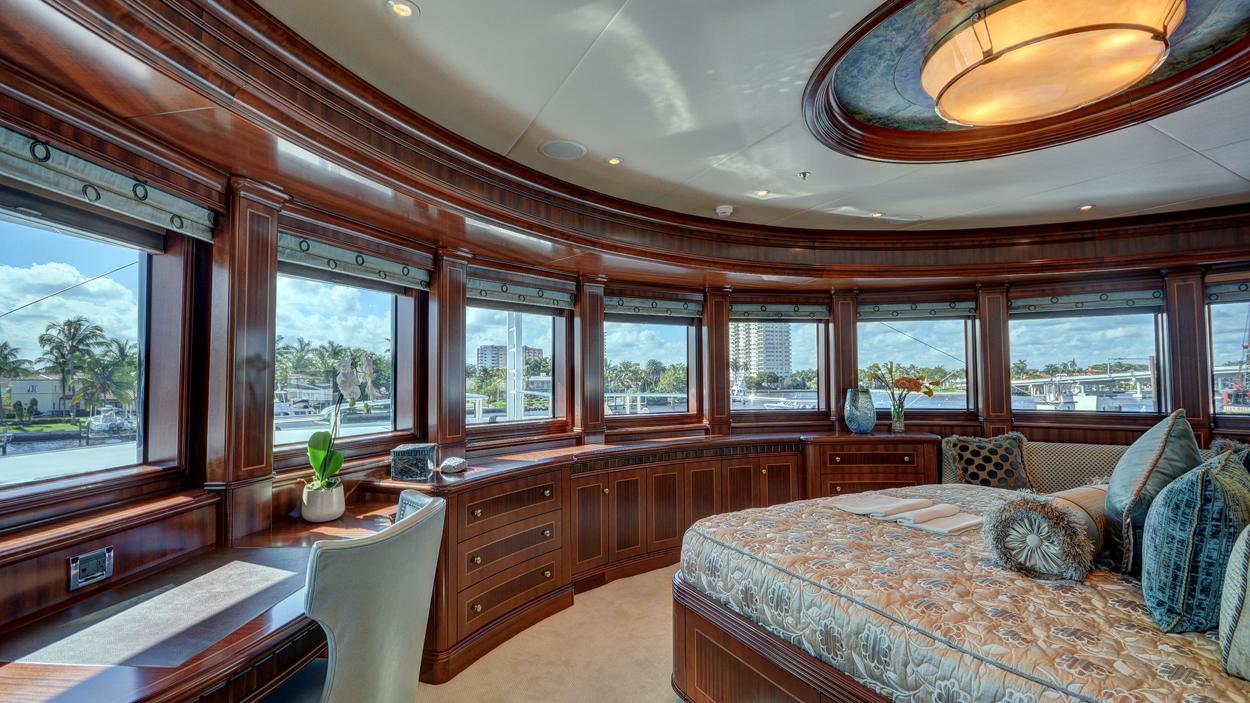 soverign motor yacht for sale master cabin