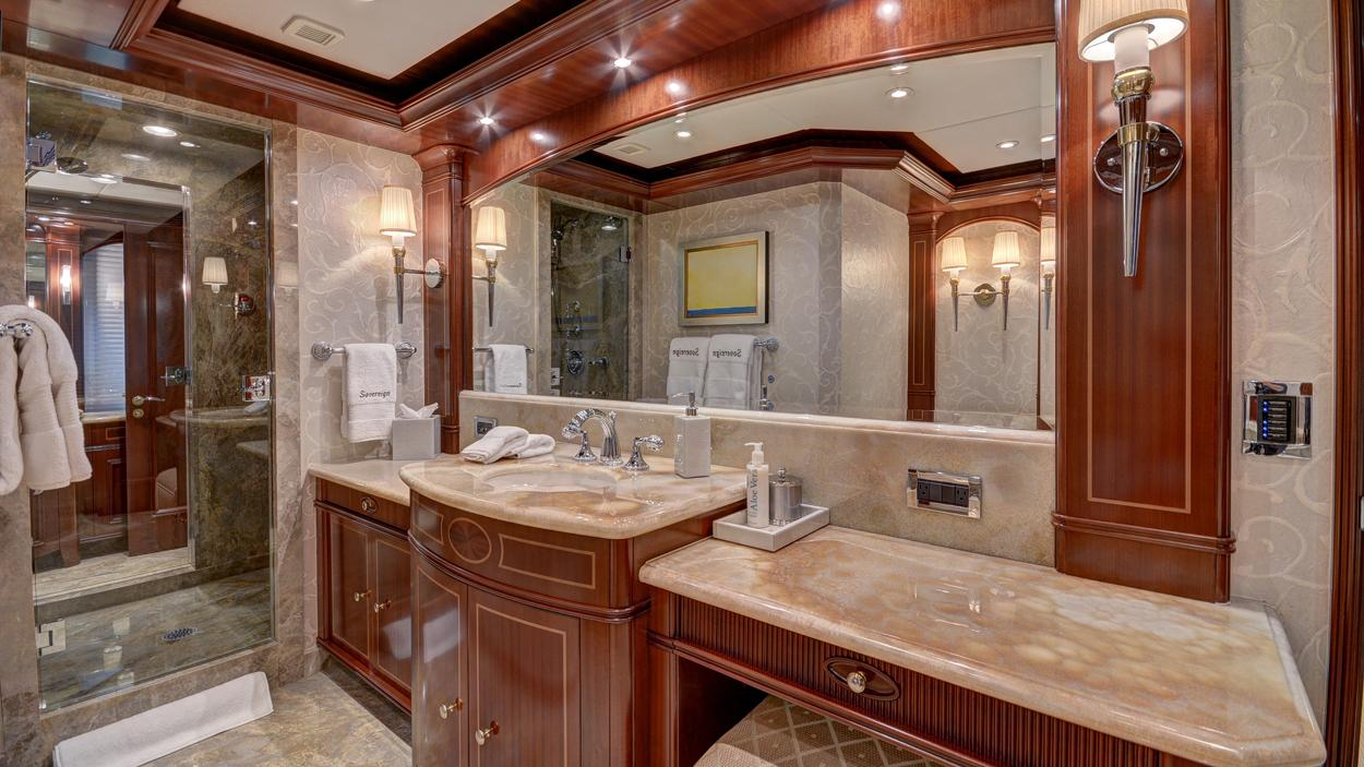 soverign motor yacht for sale bathroom