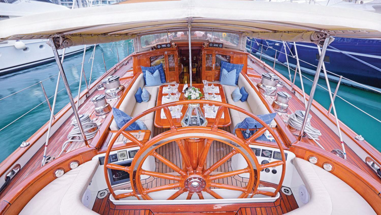 Shamoun-sailing-yacht-charter-deck