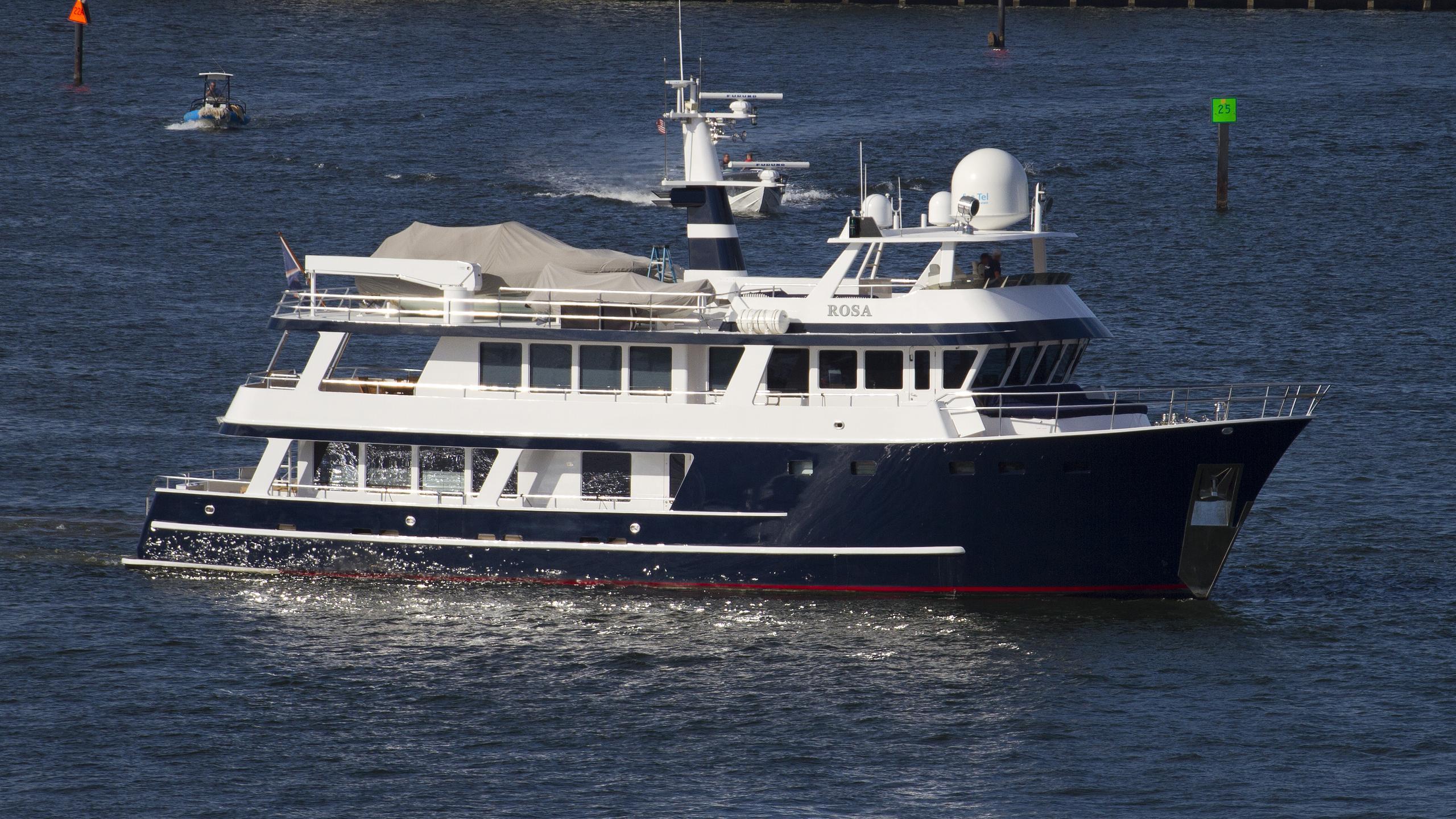abd-aluminium-rosa-1996-expedition-motor-yacht-running