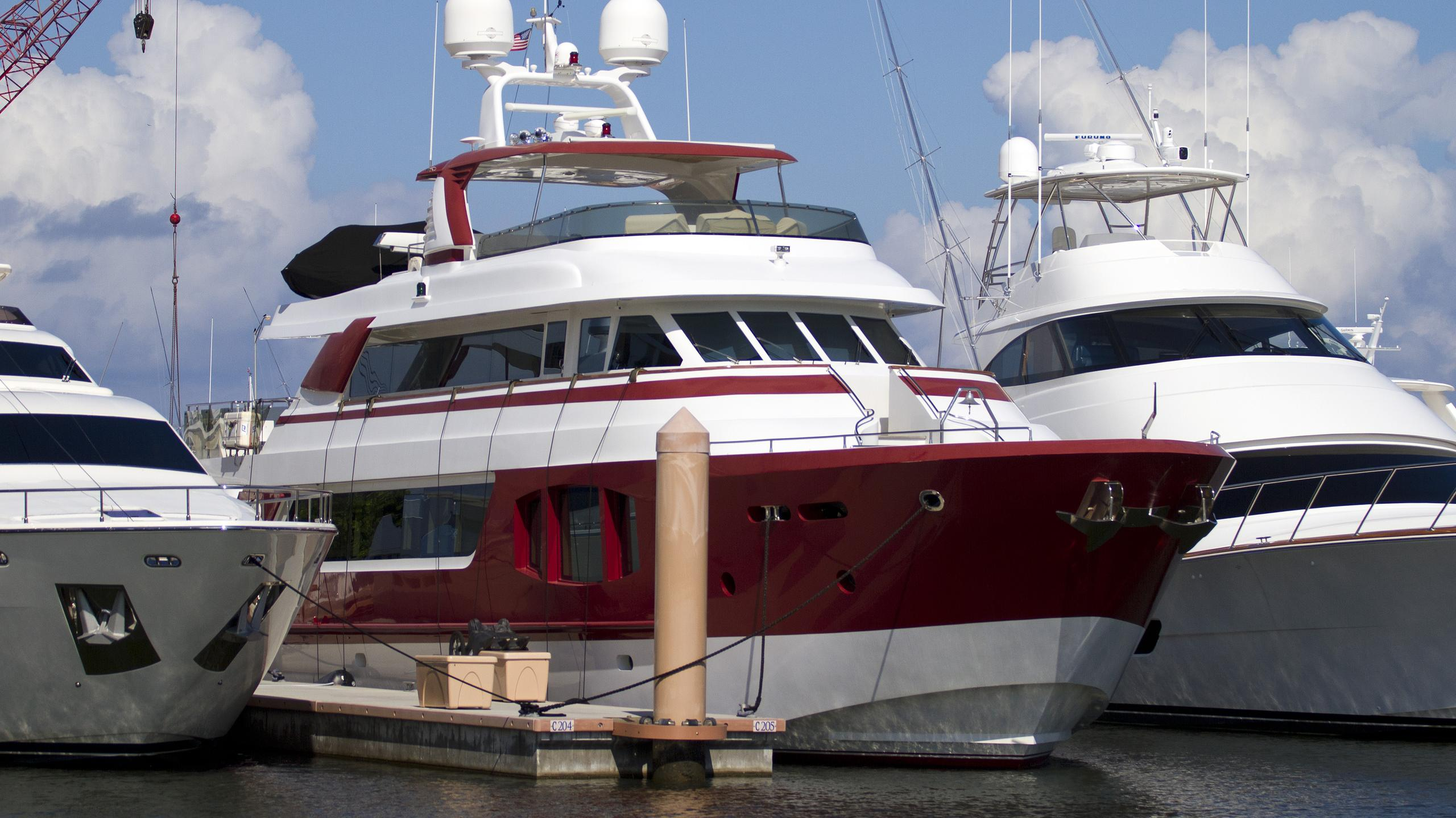 mcp-yachts-red-pearl-2010-motor-yacht