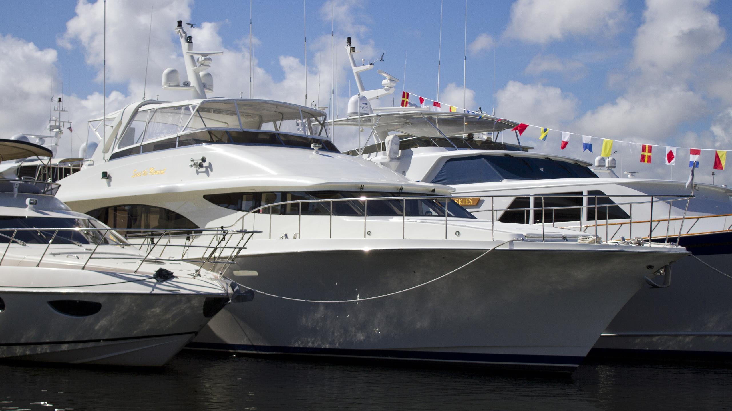 cheoy-lee-81-seas-the-moment-2000-25m-tom-fexas-motor-yacht