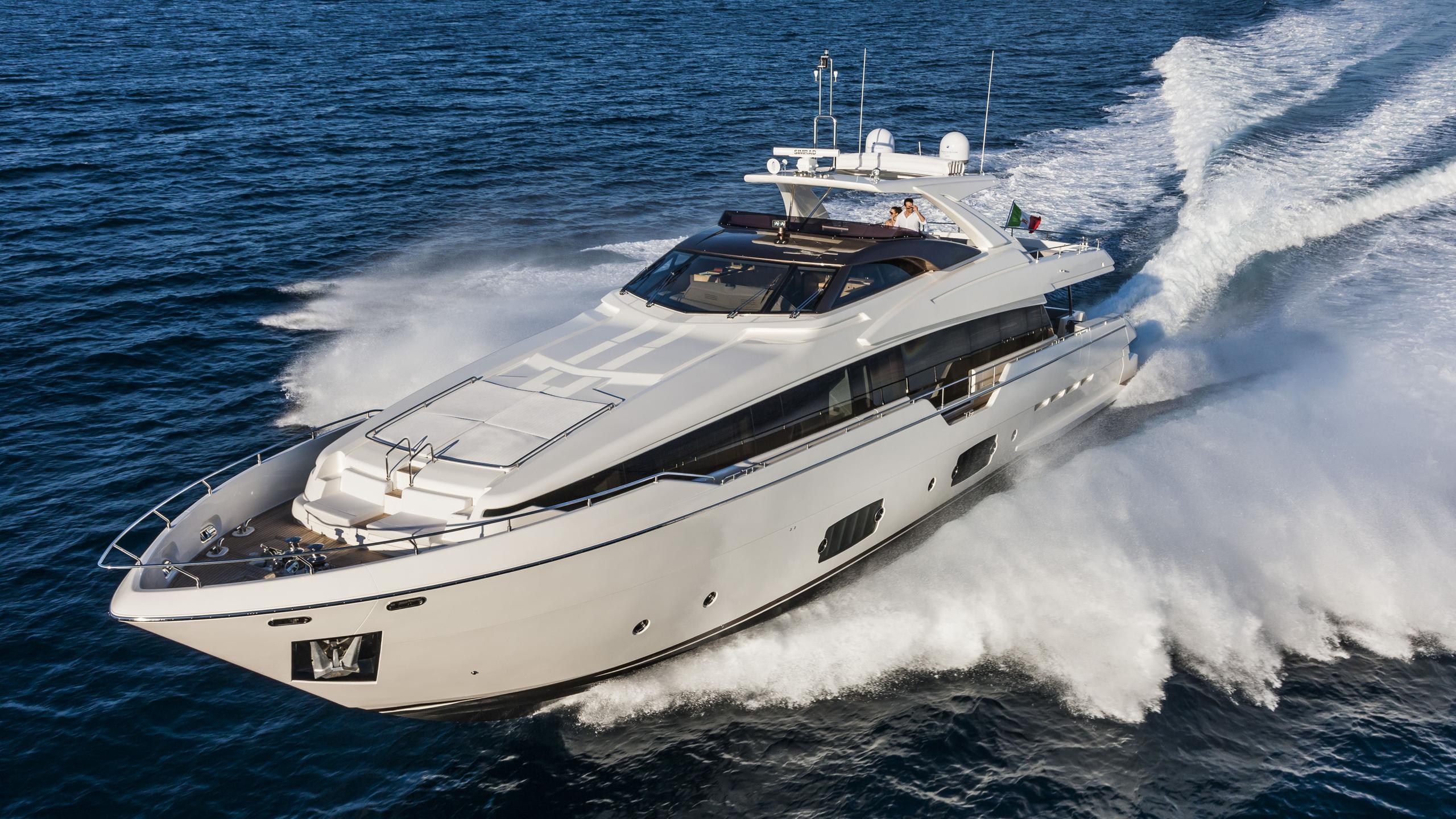 aleksandra-motor-yacht-ferretti-960-2014-29m-cruising