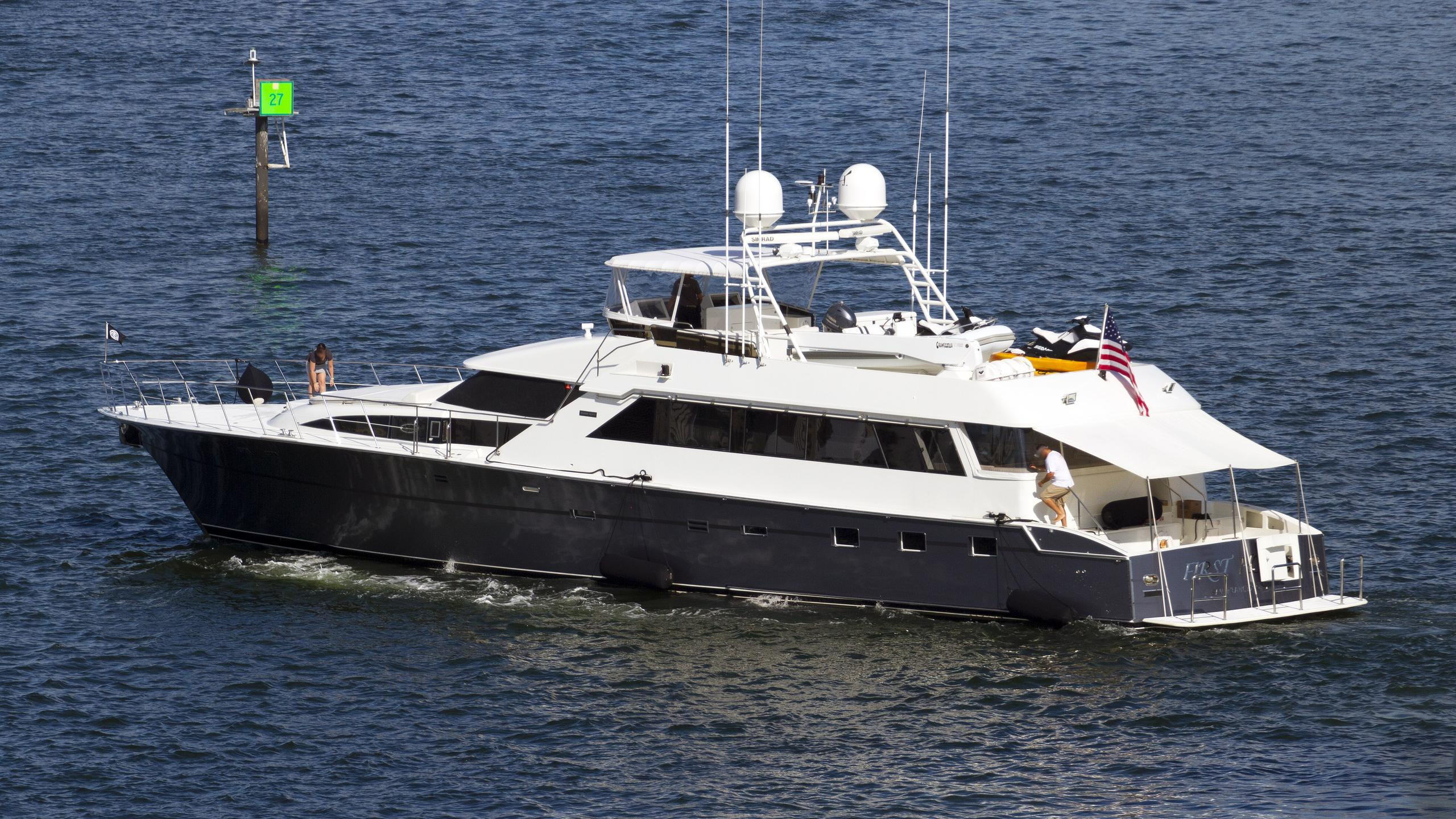 first-home-motor-yacht-cheoy-lee-92-1988-28m-cruising