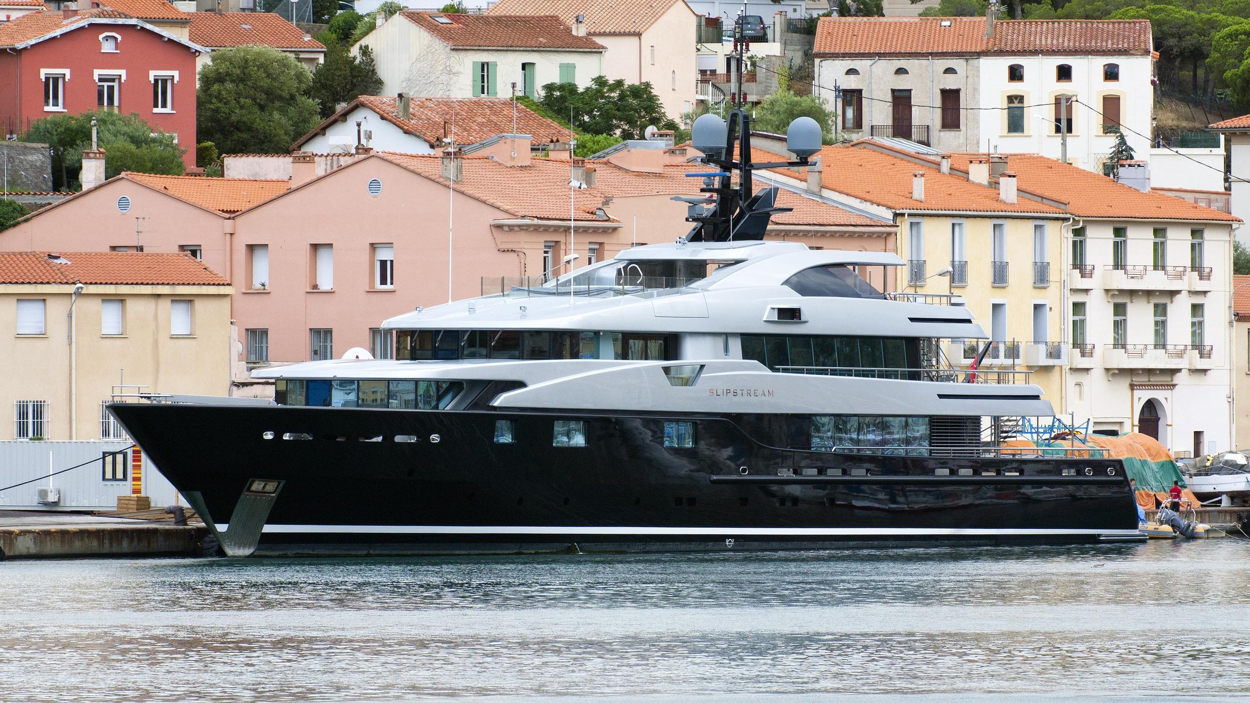 slipstream-moto-yacht-cmn-2009-60m-cruising