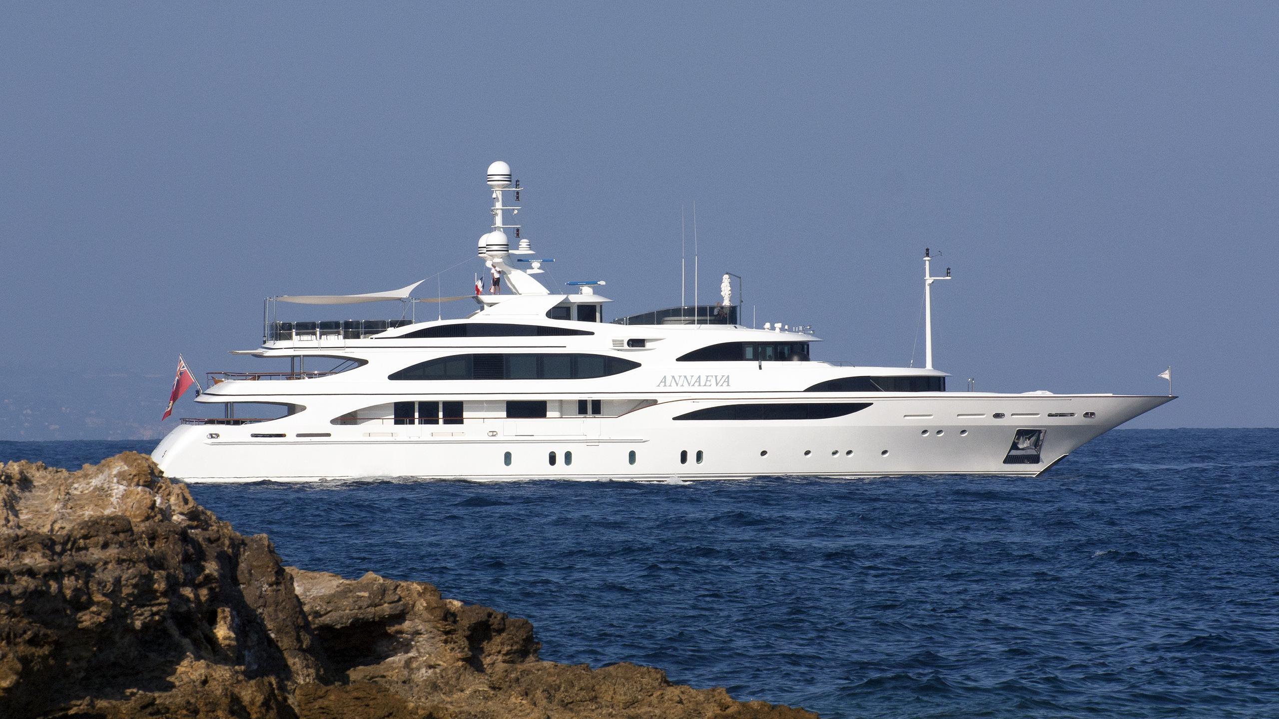 annaeva-motor-yacht-benetti-2007-56m-profile
