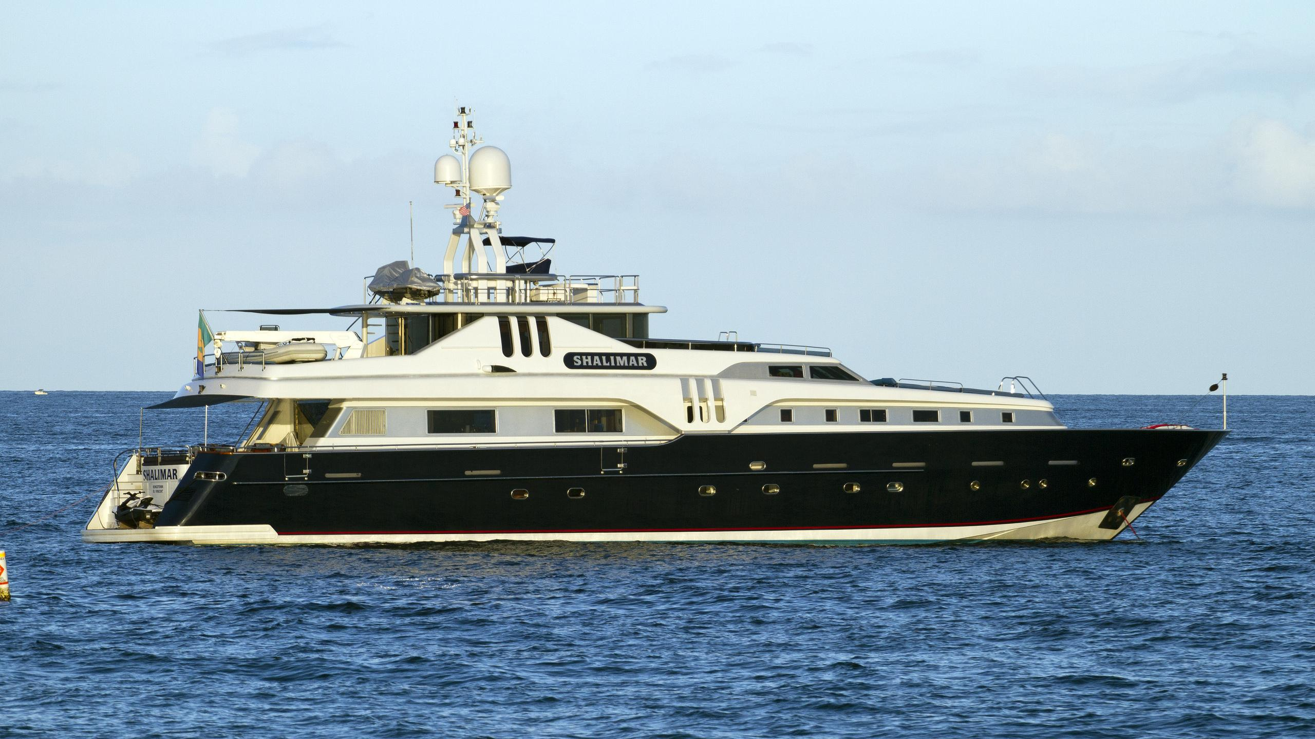 shalimar-motor-yacht-azimut-118-california-1994-37m-profile