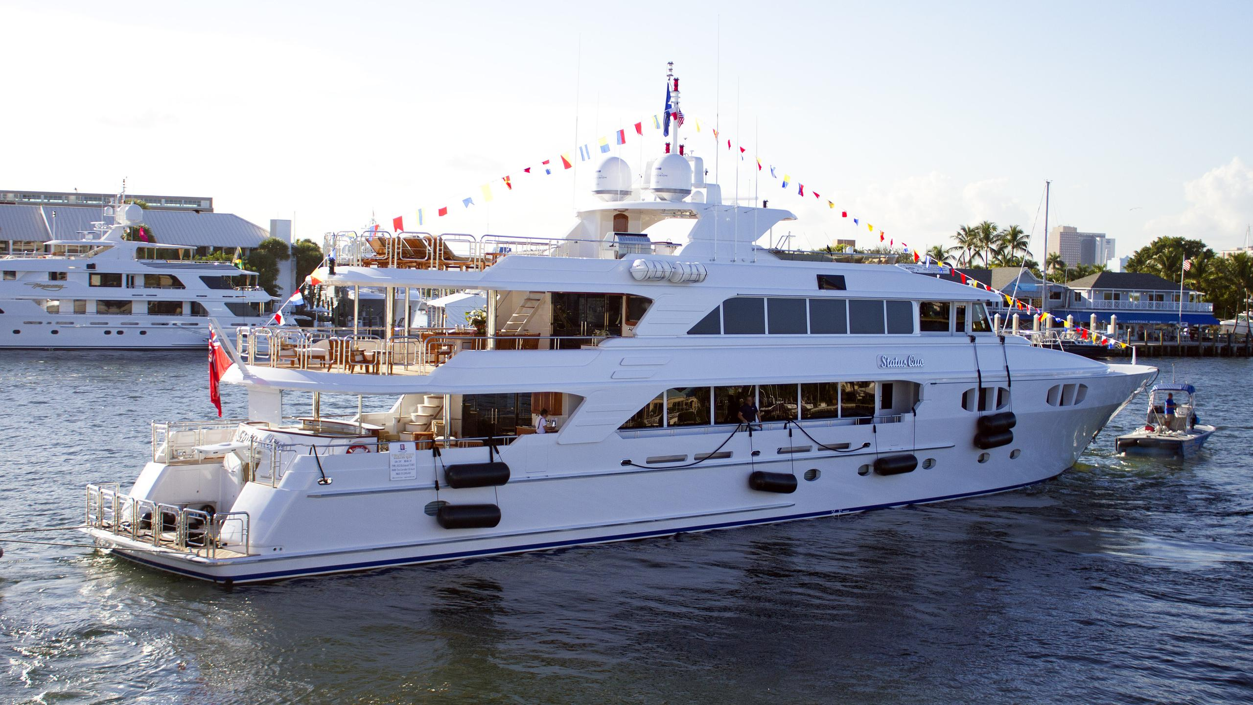 status-quo-motor-yacht-richmond-142-2013-46m-half-profile