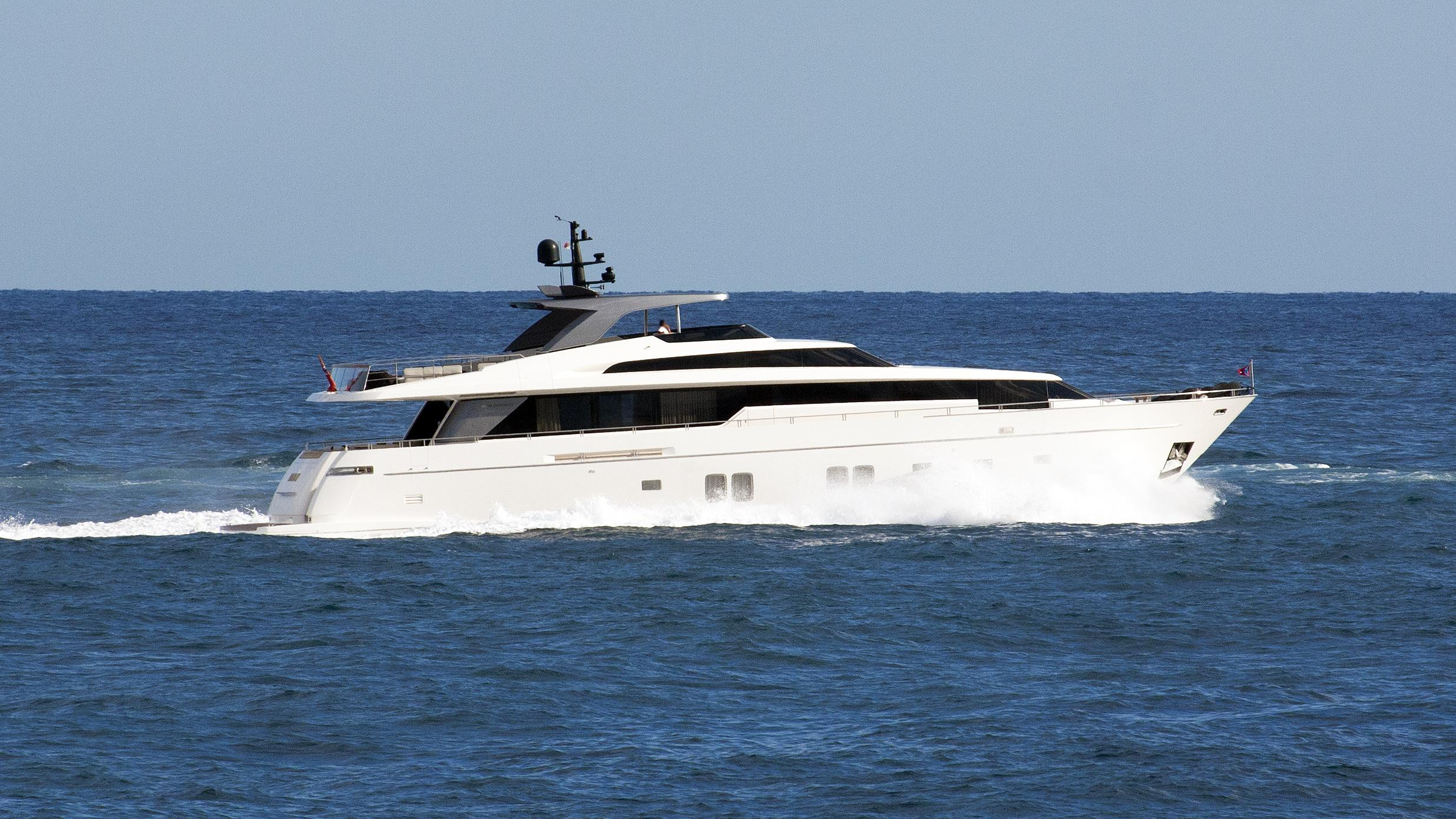 mamay-motor-yacht-sanlorenzo-sl-104-2012-32m-half-profile