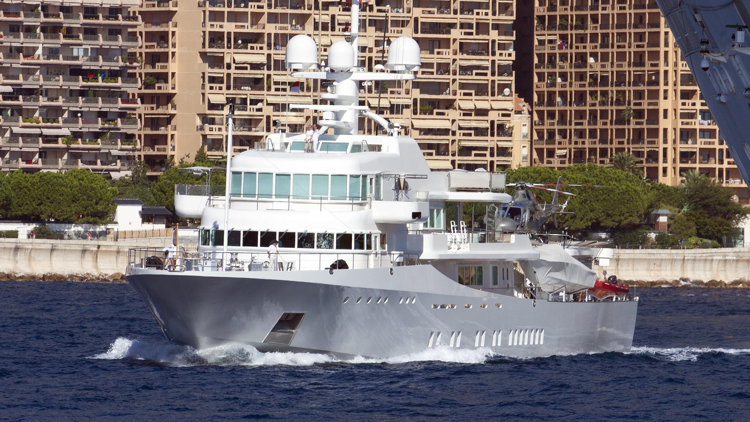 senses-explorer-yacht-schweers-1999-59m-half-profile