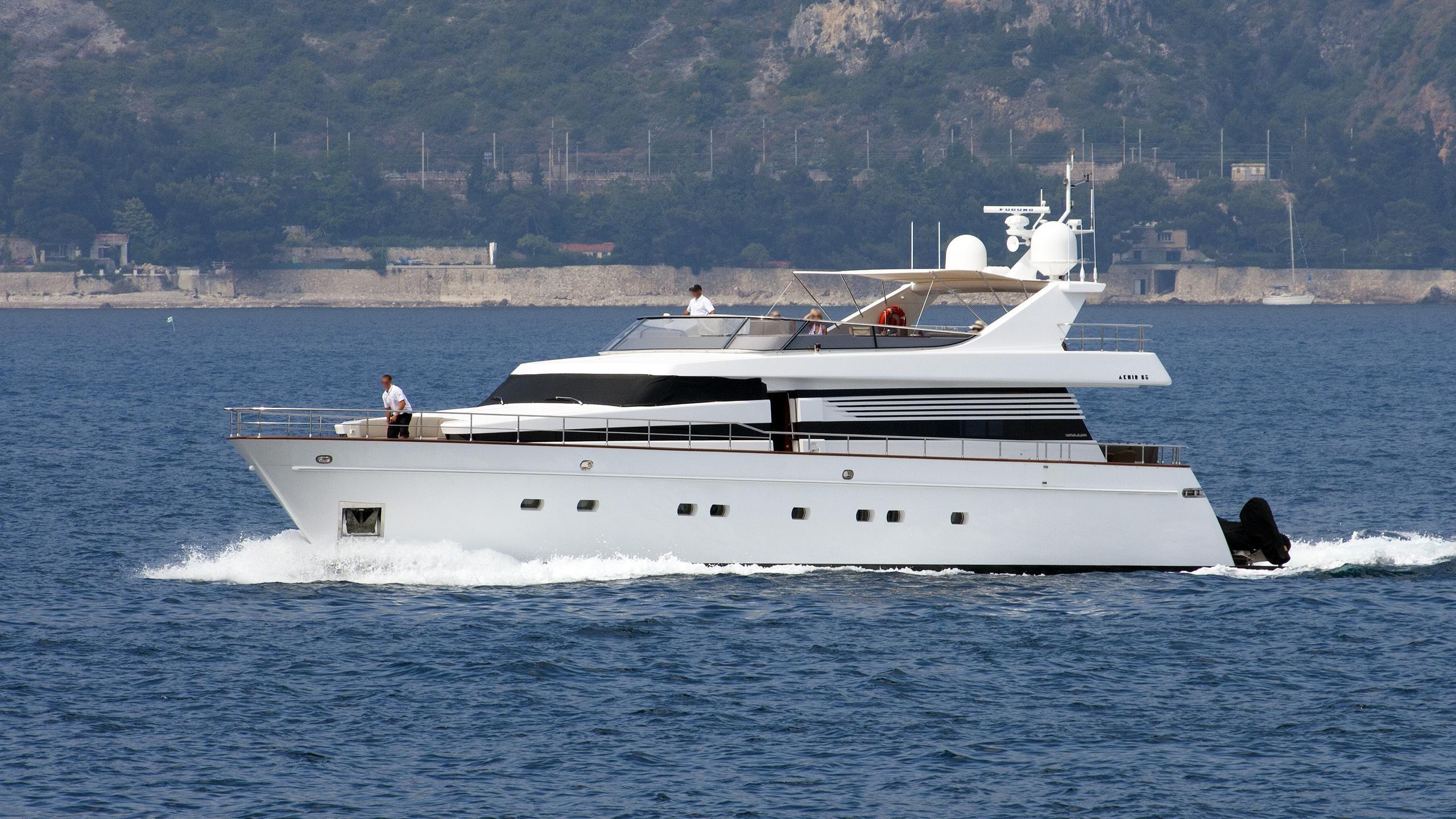 leila-lina-motor-yacht-cantieri-di-pisa-akhir-26s-2005-26m-profile