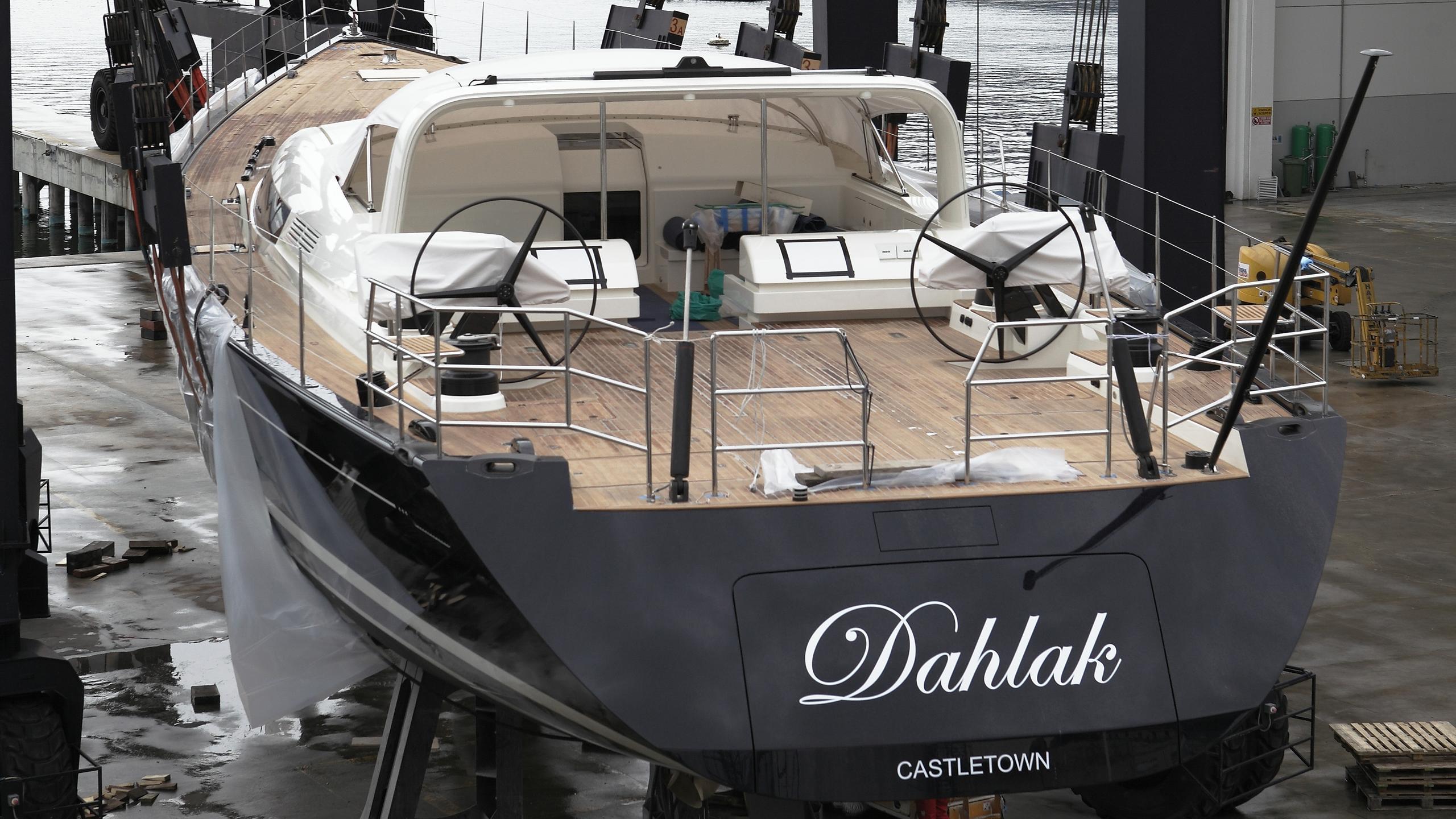 dahlak-sailing-yacht-perini-navi-2016-38m-stern-view