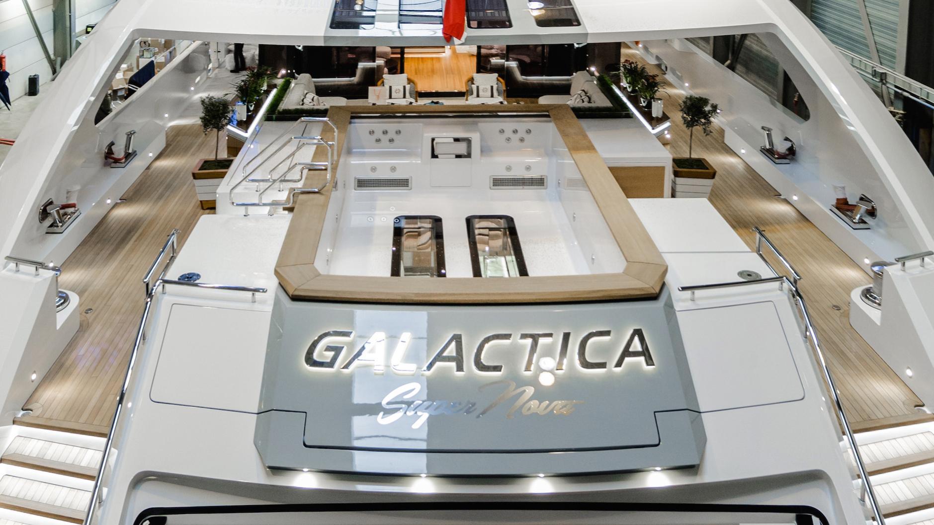 galactica-super-nova-motoryacht-heesen-yachts-2016-70m-stern-details