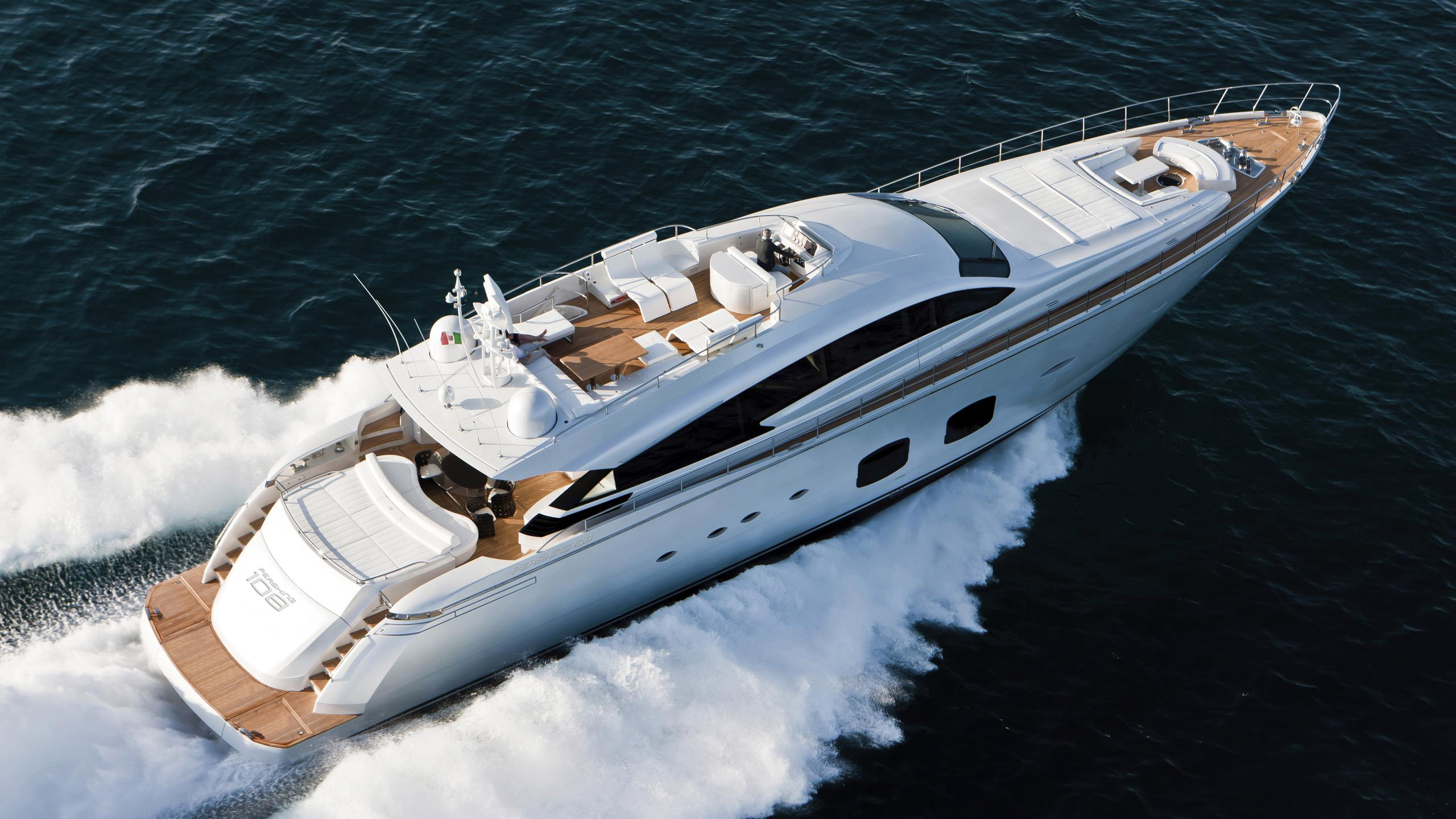 le-caprice-iv-motor-yacht-pershing-108-2011-33m-aerial