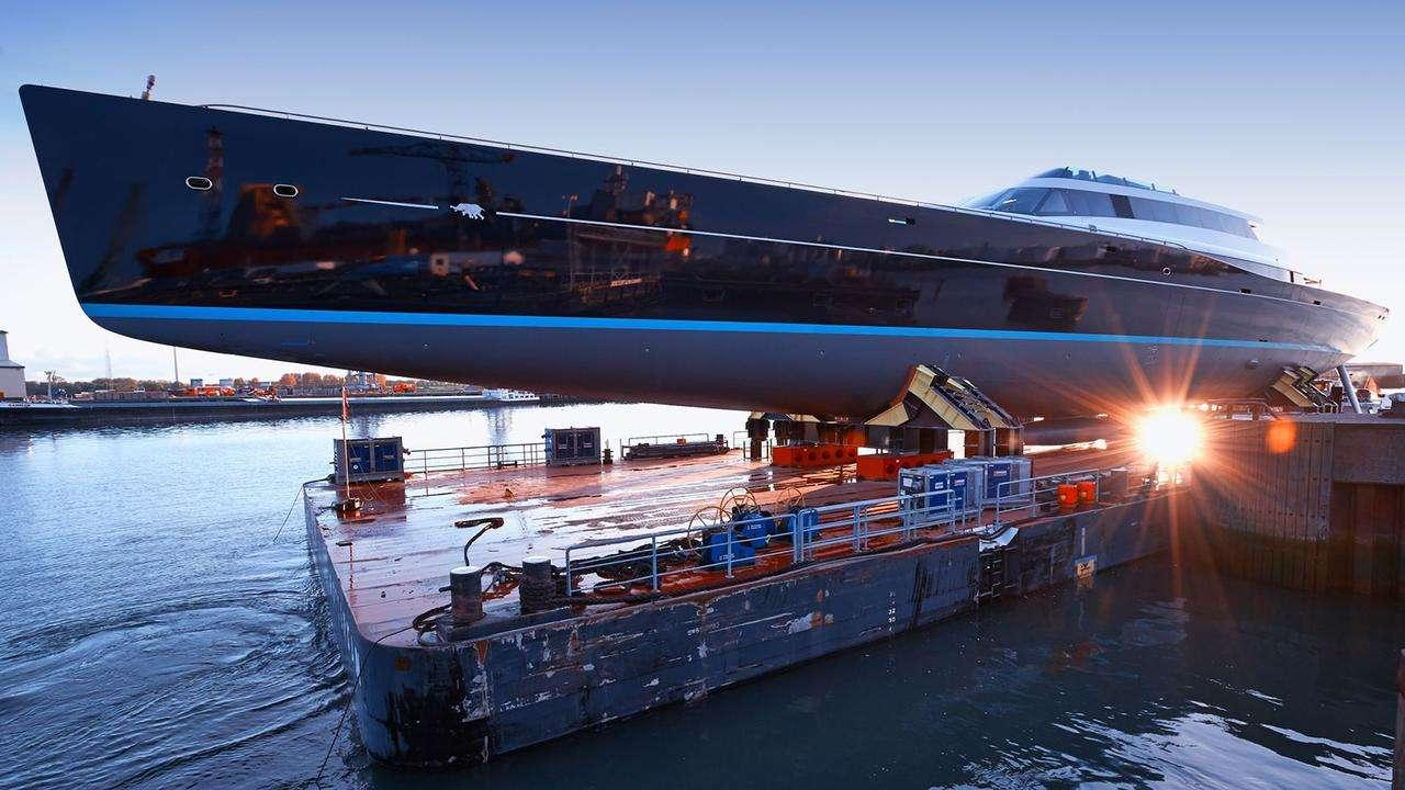 aquijo-sailing-yacht-oceanco-vitters-2016-85m-launch