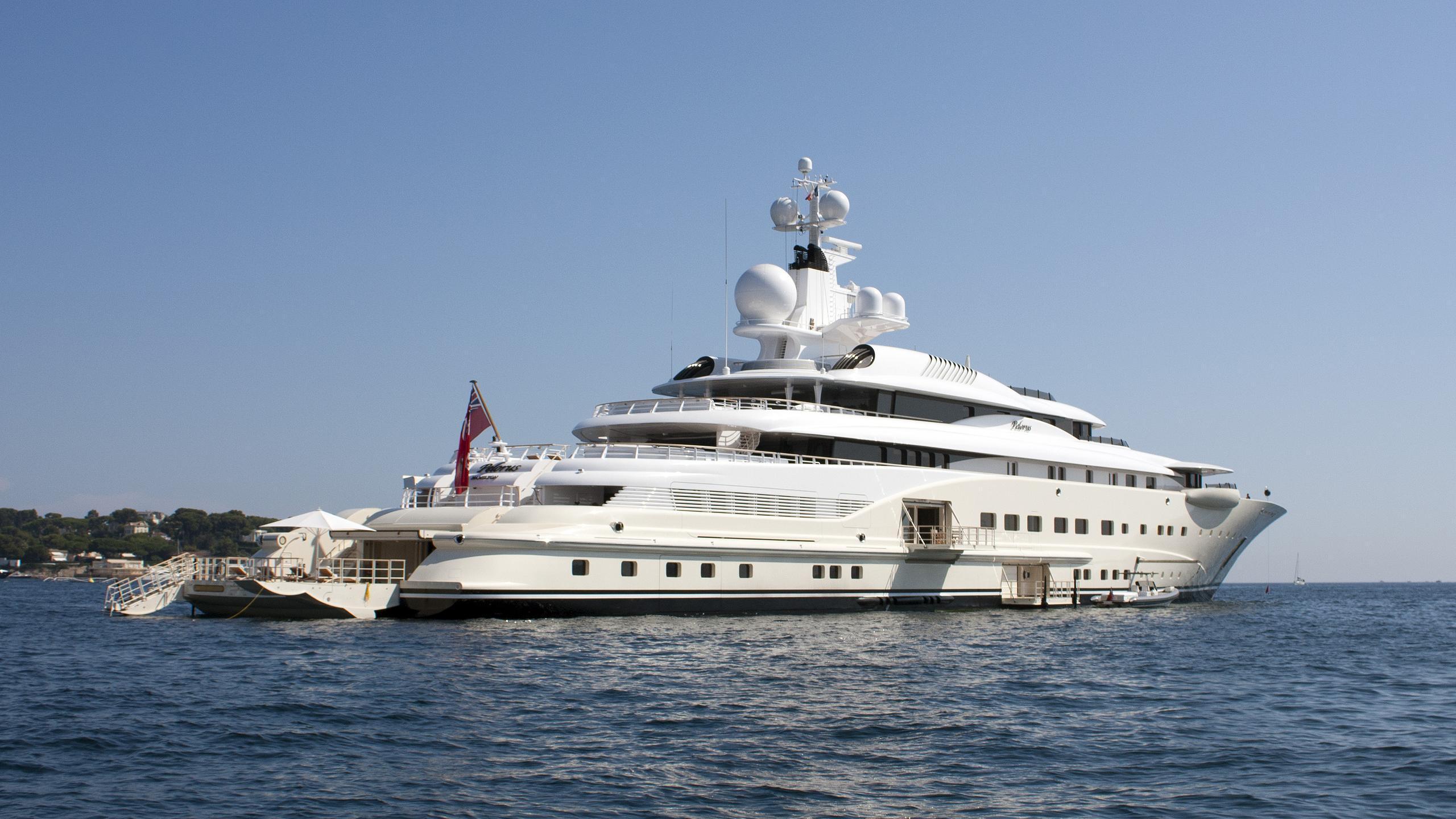 pelorus-motor-yacht-lurssen-2003-114m-back