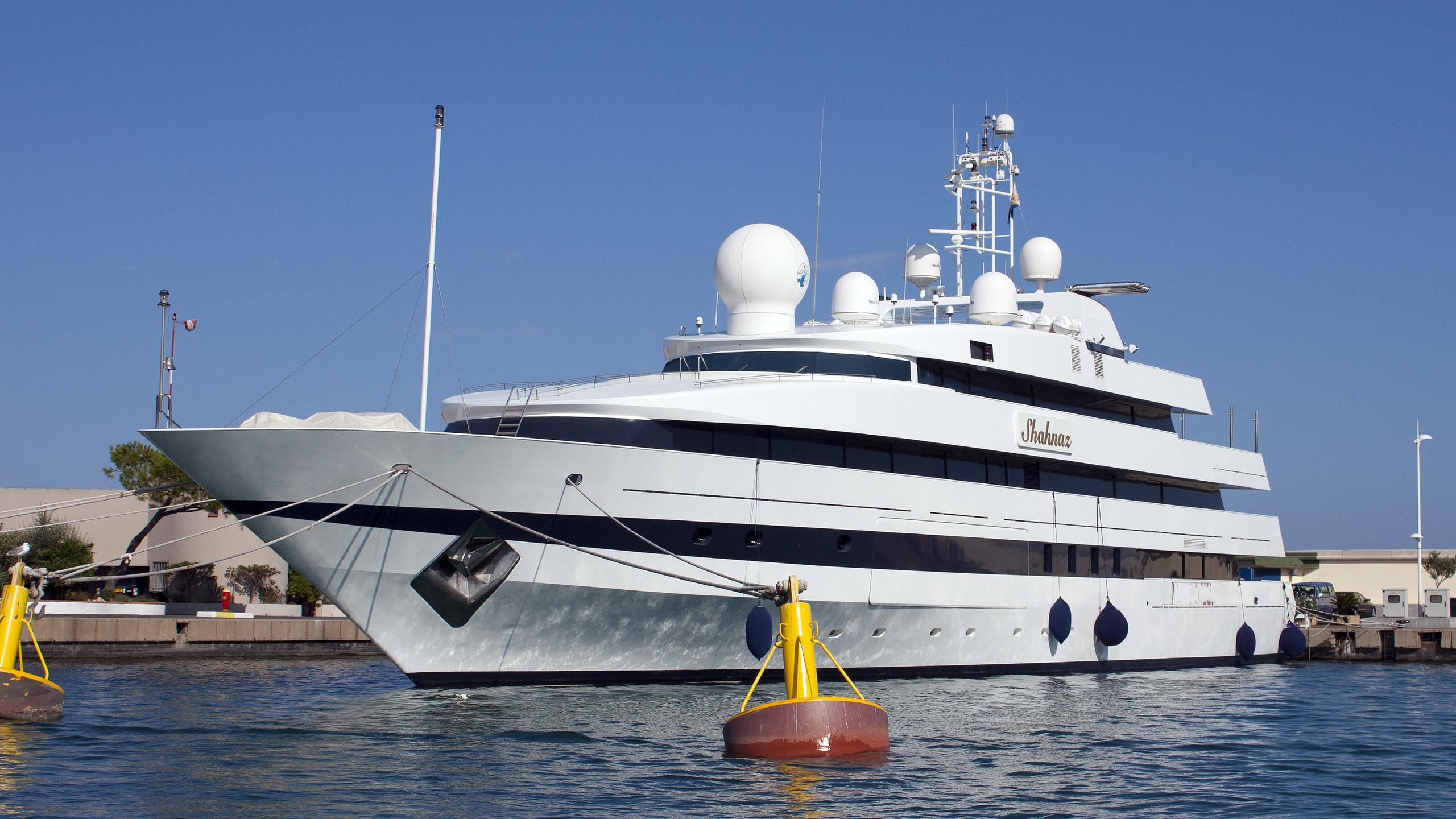 shahnaz-motor-yacht-nuovi-ligori-1991-63m-half-profile