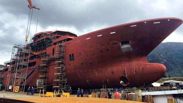 andromeda-ulysses-explorer-yacht-kleven-2015-107m-hull