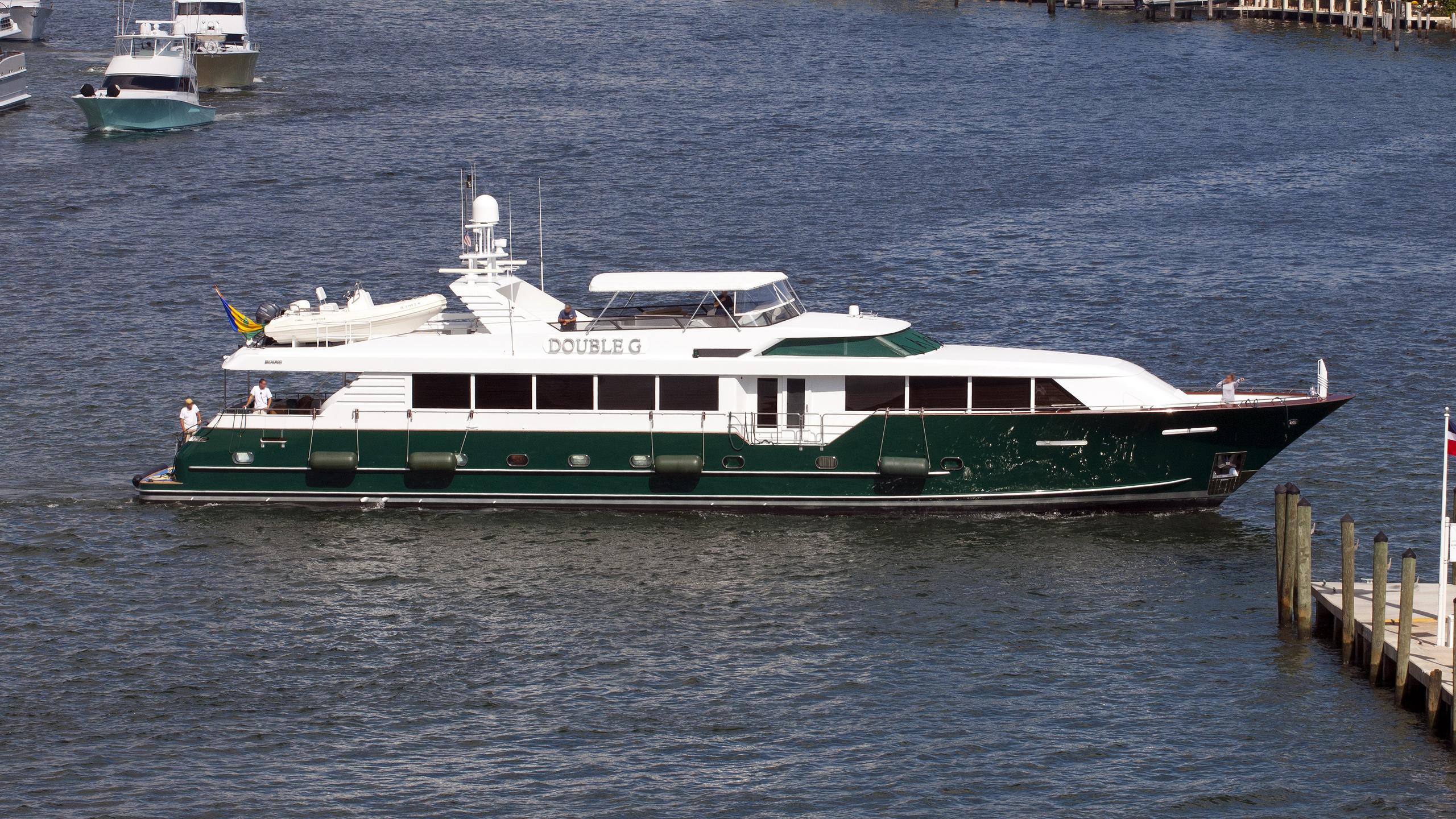 double-g-motor-yacht-broward-20000-36m-profile