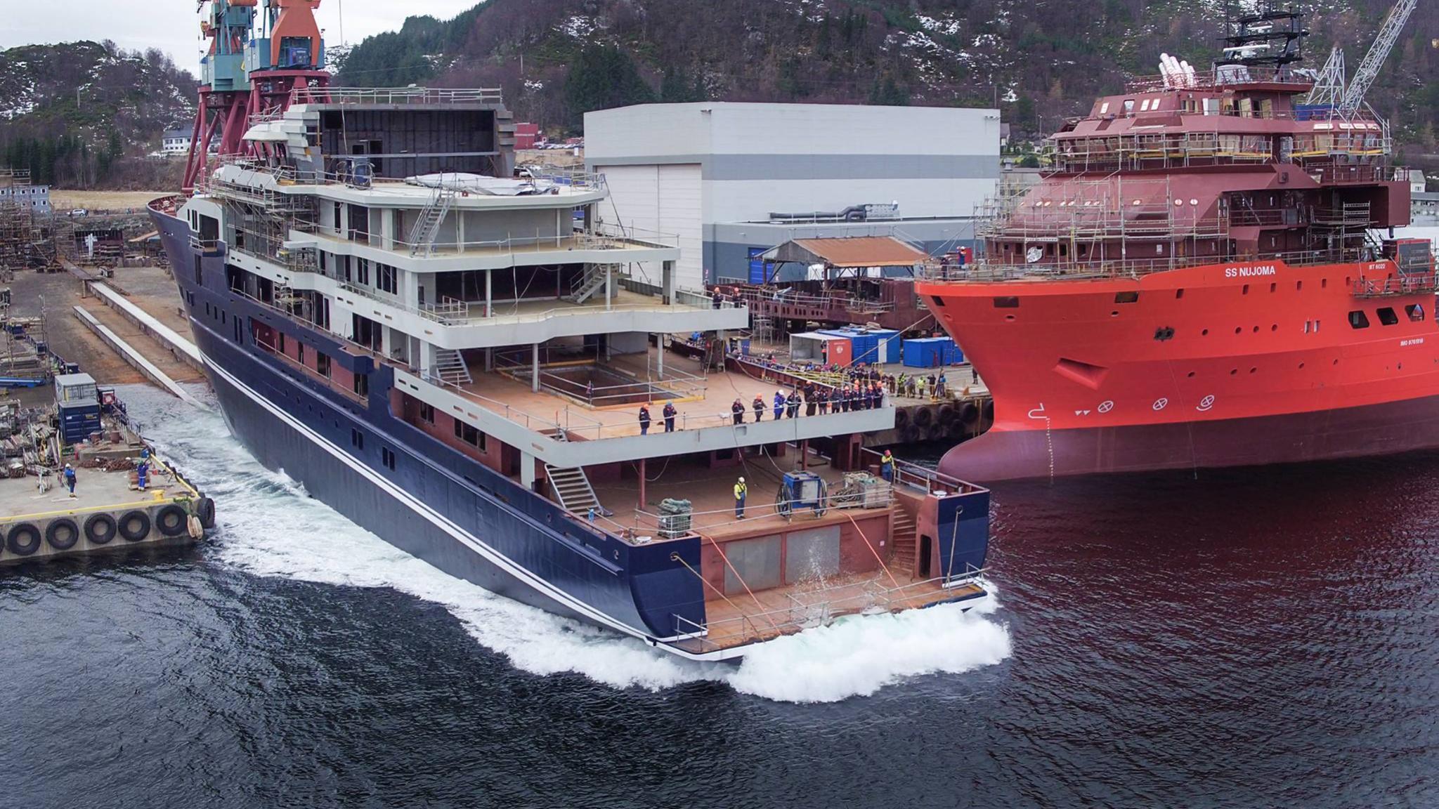 kleven-370-explorer-yacht-2016-116m-rear